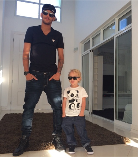 Photo Neymar Son Gallery Barcelona Star Breaks Baby Mother Carolina