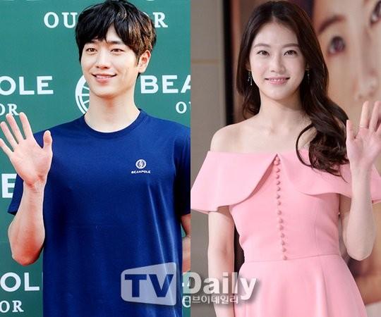 Seo Kang Jun and Gong Seung Yeon
