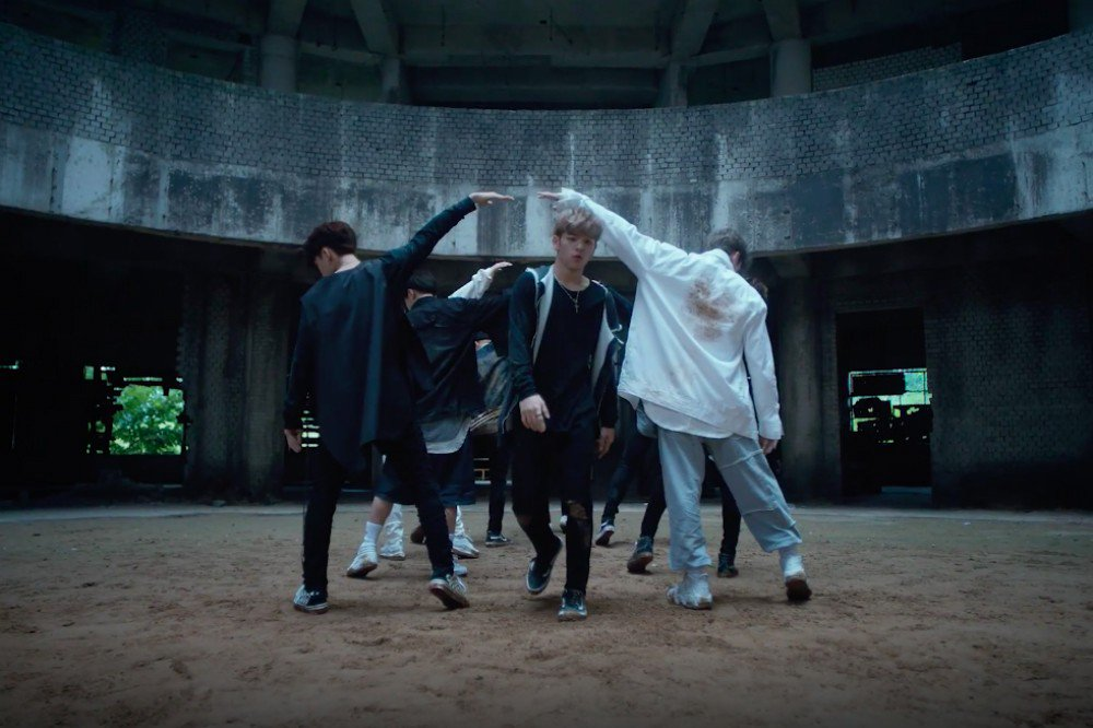 How Are Fans Reacting To JYP's Newest Group Stray Kids & 'Hellevator' MV