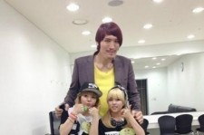 tiny-g dohee picture with choi hong man