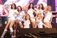 Girls' Generation (SNSD) at 'Twin Towers @Live 2012' in Malaysia [PHOTOS]