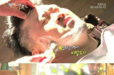 defconn shaves off his mustache