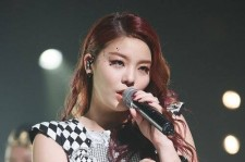 Five weeks after their decision to publish unauthorized nude photos of Ailee, allkpop's editors have ranked 'U & I' at number 21 on their list of top 50 K-pop songs of 2013.