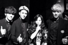taeyeon picture with exo