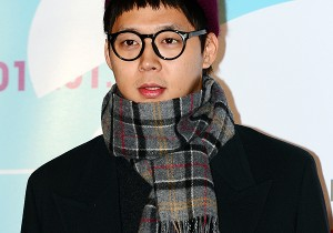 JYJ's Park Yoochun Attended the VIP Premiere of Upcoming Film 'The Plan Man'