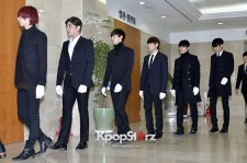 Super Junior Attends Funeral Ceremony of Leeteuk's Father and Grandparents - Jan 8, 2014 [PHOTOS]