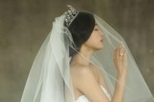 Jun Ji-hyun's Wedding and Past Photo Collection
