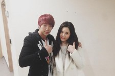 u-kiss hoon visits seohyun at musical