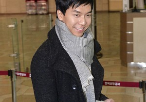 Lee Seung Gi at Gimpo Airport Departure to Japan for Concert - Feb 7, 2014 [PHOTOS]