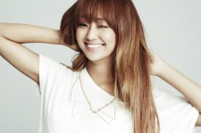 Sistar's Hyolyn Holds Onto The Number 1 Spot On The Billboard K-Pop Hot 100 With 'Hello/Goodbye'