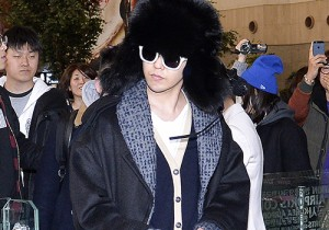 G-Dragon & Daesung at Gimpo Airport off to Japan for VIP Japan 2014 Fan Meeting in Yokohama - Feb 17, 2014 [PHOTOS]