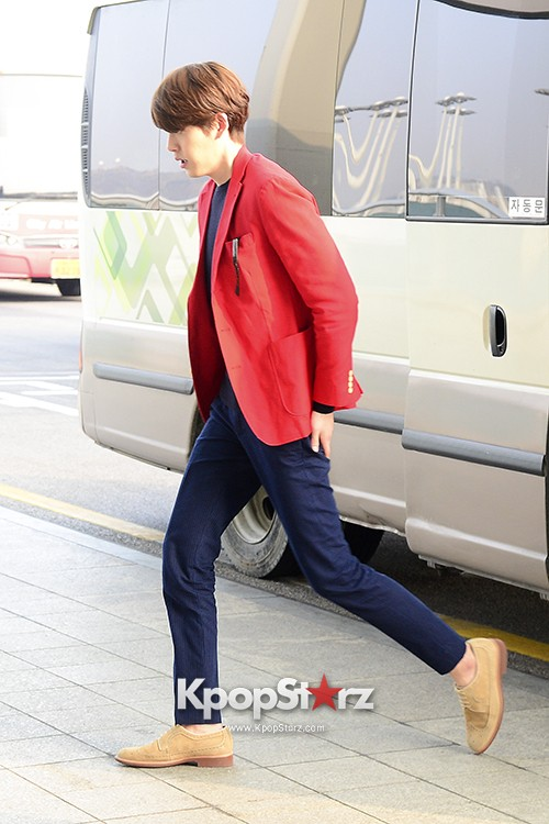 Kim Woo Bin at Incheon International Airport for Running Man in Australia - Feb 22, 2014 [PHOTOS]key=>10 count23