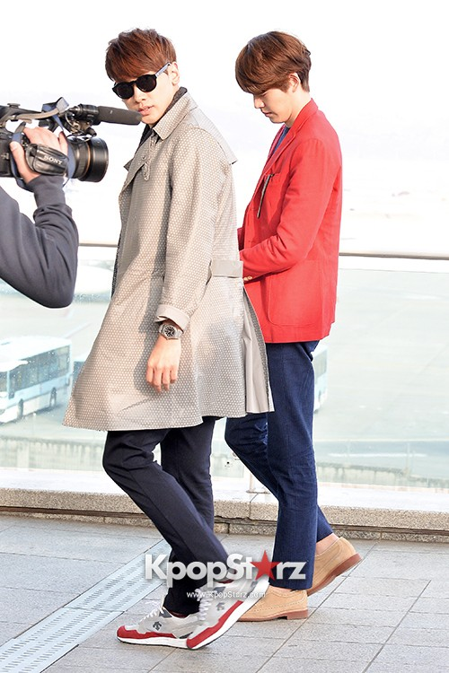 Kim Woo Bin and Rain at Incheon International Airport for Running Man in Australia - Feb 22, 2014 [PHOTOS]key=>14 count23