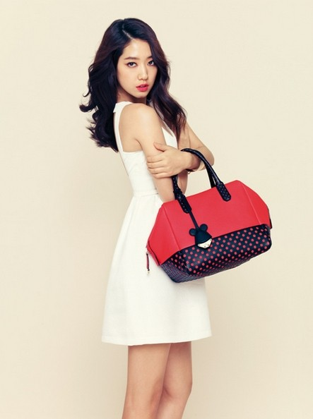 Park Shin Hye Models Bruno Magli's 2014 S/S Disney Purse Collectionkey=>1 count6