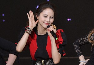 Park Ji Yoon (Beep) at SBS MTV The Show : All about K-POP