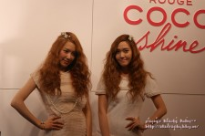 SNSD Tiffany & Jessica with Vogue Girl at Chanel Makeup Popup Store [PHOTOS]