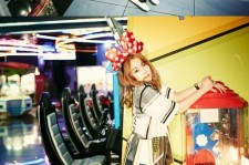 4Minute Pulls Off Metallic Look in Theme Park Photoshoot