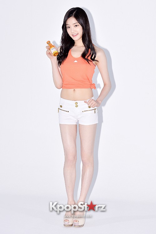 Lee Yoo Bi Filming for the Drink Brand 'Miero Fiber' - March 28, 2014 [PHOTOS]key=>5 count46