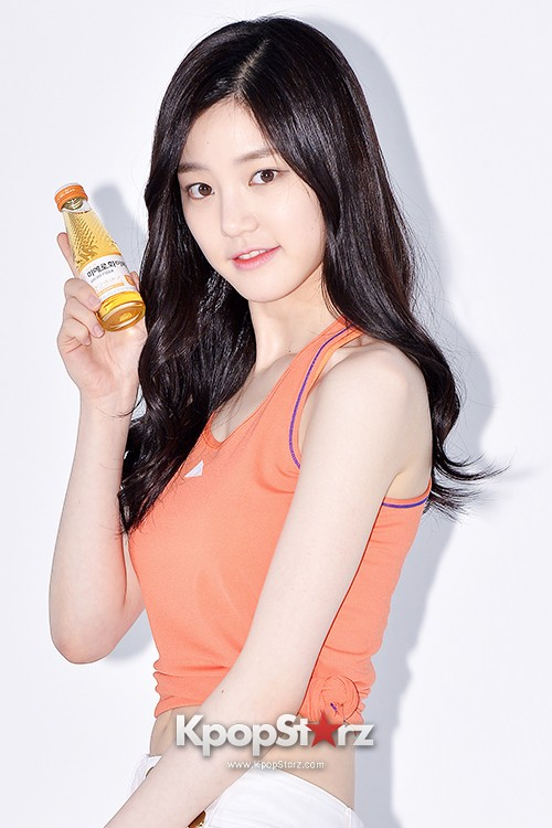 Lee Yoo Bi Filming for the Drink Brand 'Miero Fiber' - March 28, 2014 [PHOTOS]key=>31 count46