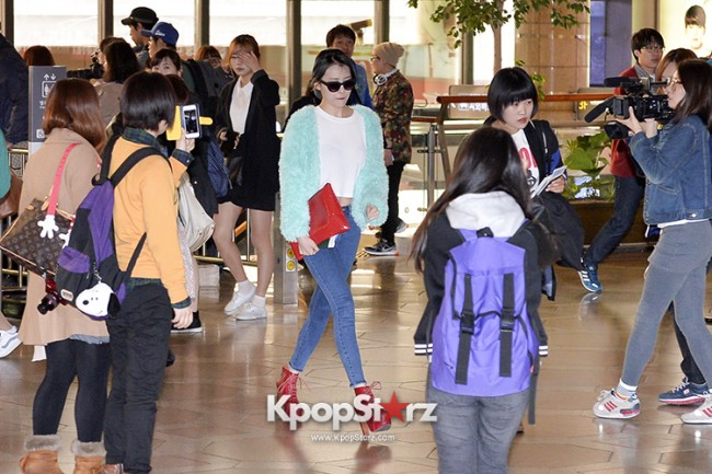 Sunmi at Gimpo International Airport Heading to Japan for Attending Mnet's M!Countdownkey=>2 count9