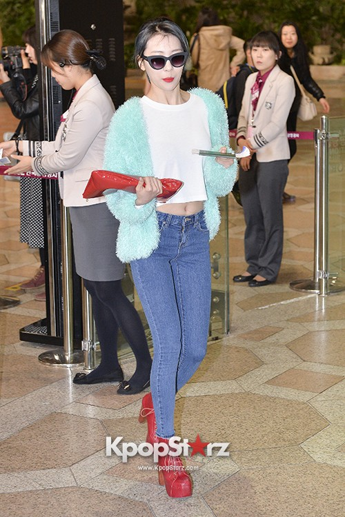 Sunmi at Gimpo International Airport Heading to Japan for Attending Mnet's M!Countdownkey=>3 count9