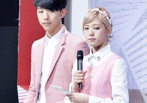 MC Lee Jung Shin & Lizzy at SBS MTV The Show : All about K-POP