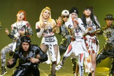 """Entire Track in 2NE1's """"Crush"""" Ranks on Mnet Monthly Charts"""