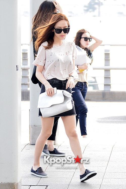 Girls Generation[SNSD] Jessica and f(x)'s Krystal Heading to Los Angeles to Attend Jimmy Choo's Event key=>2 count24