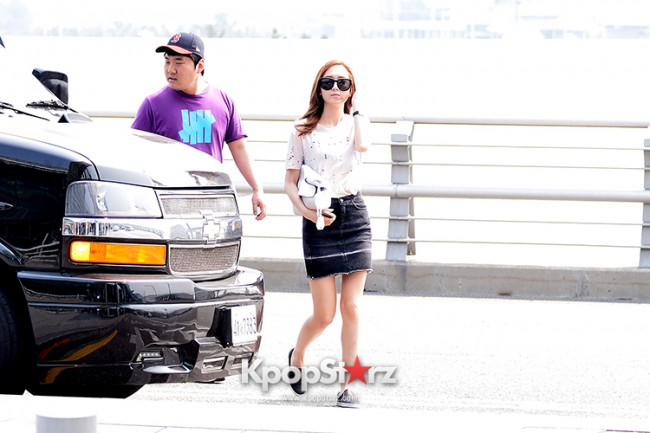 Girls Generation[SNSD] Jessica and f(x)'s Krystal Heading to Los Angeles to Attend Jimmy Choo's Event key=>4 count24