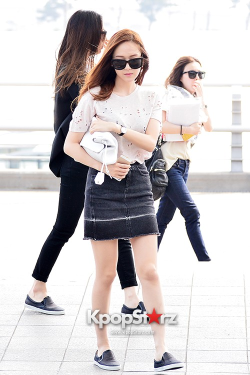 Girls Generation[SNSD] Jessica and f(x)'s Krystal Heading to Los Angeles to Attend Jimmy Choo's Event key=>6 count24