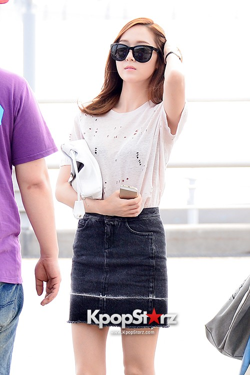 Girls Generation[SNSD] Jessica and f(x)'s Krystal Heading to Los Angeles to Attend Jimmy Choo's Event key=>7 count24