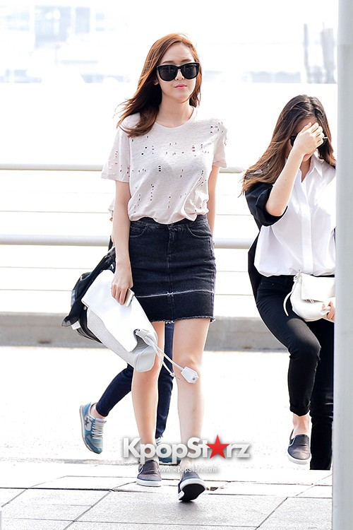 Girls Generation[SNSD] Jessica and f(x)'s Krystal Heading to Los Angeles to Attend Jimmy Choo's Event key=>10 count24