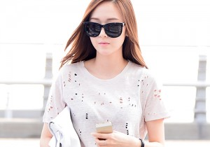 Girls Generation[SNSD] Jessica and f(x)'s Krystal Heading to Los Angeles to Attend Jimmy Choo's Event