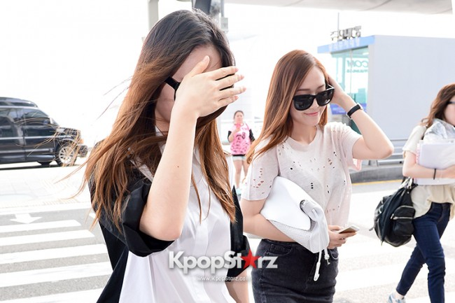 Girls Generation[SNSD] Jessica and f(x)'s Krystal Heading to Los Angeles to Attend Jimmy Choo's Event key=>19 count24