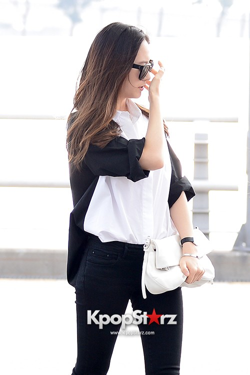 Girls Generation[SNSD] Jessica and f(x)'s Krystal Heading to Los Angeles to Attend Jimmy Choo's Event key=>21 count24