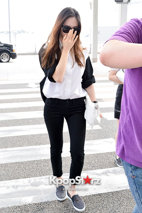 Girls Generation[SNSD] Jessica and f(x)'s Krystal Heading to Los Angeles to Attend Jimmy Choo's Event key=>22 count24