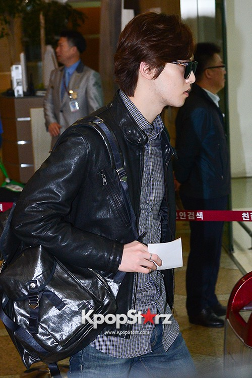 CNBLUE Heads Over To China To Attend 'YINYUE V-Chart Awards' key=>8 count17