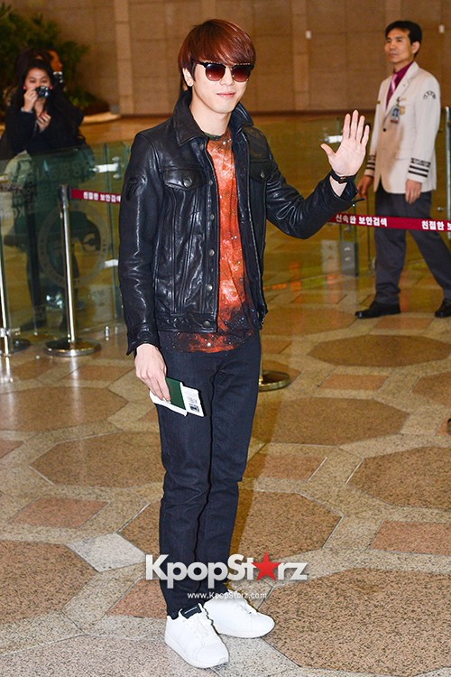 CNBLUE Heads Over To China To Attend 'YINYUE V-Chart Awards' key=>16 count17