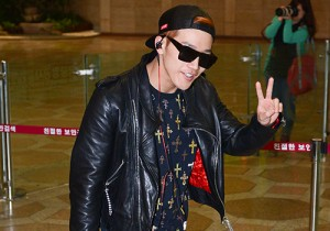 2PM's Jun.K and Junho at Gimpo Airport Heading to Japan