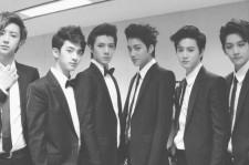 EXO K dream concert suits