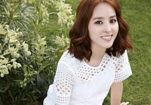 Han Hye Jin - Elle Magazine April Issue 2014