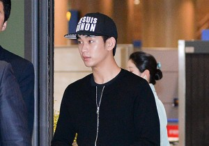 Kim Soo Hyun Arrived at Incheon Airport from Singapore - April 28, 2014 [PHOTOS]