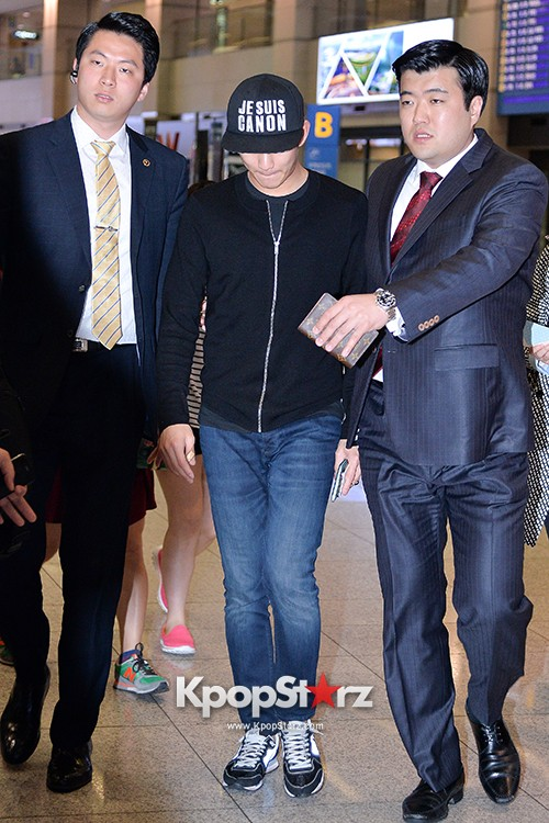Kim Soo Hyun Arrived at Incheon Airport from Singapore - April 28, 2014 [PHOTOS]key=>4 count10