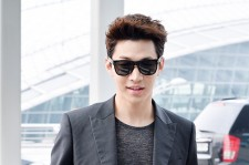 Henry at Incheon Airport Heading to Singapore to Attend Singapore E-Awards