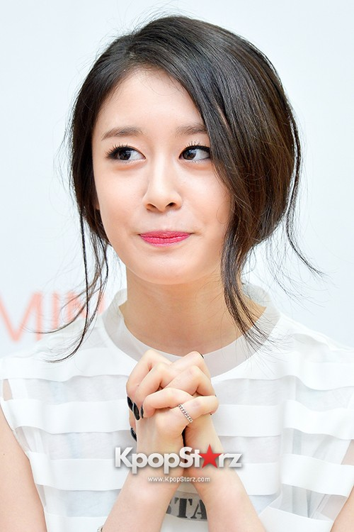 T-ara's Jiyeon Held a Press Conference for Never Ever with the Release of Her First Solo Mini-Albumkey=>2 count56