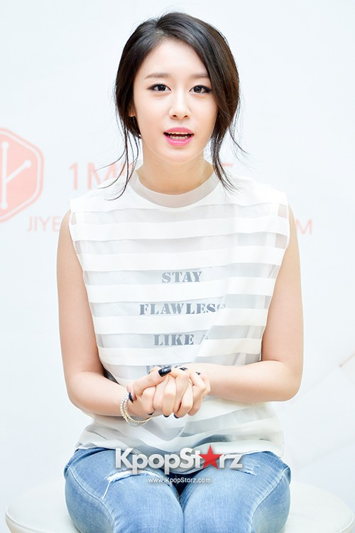 T-ara's Jiyeon Held a Press Conference for Never Ever with the Release of Her First Solo Mini-Albumkey=>7 count56
