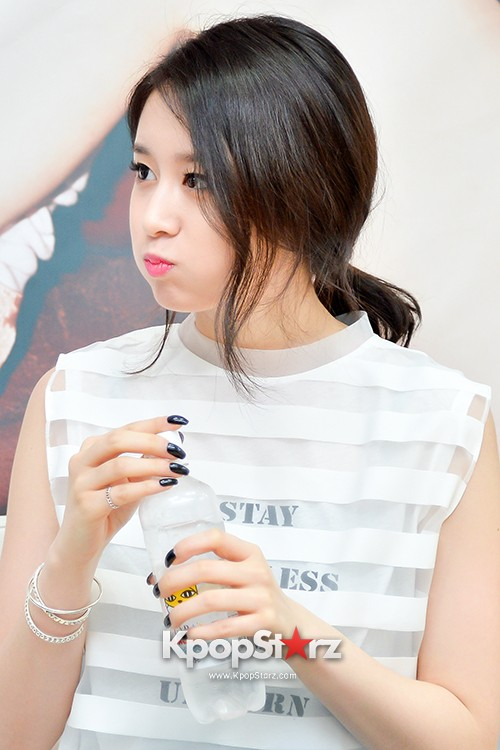 T-ara's Jiyeon Held a Press Conference for Never Ever with the Release of Her First Solo Mini-Albumkey=>24 count56