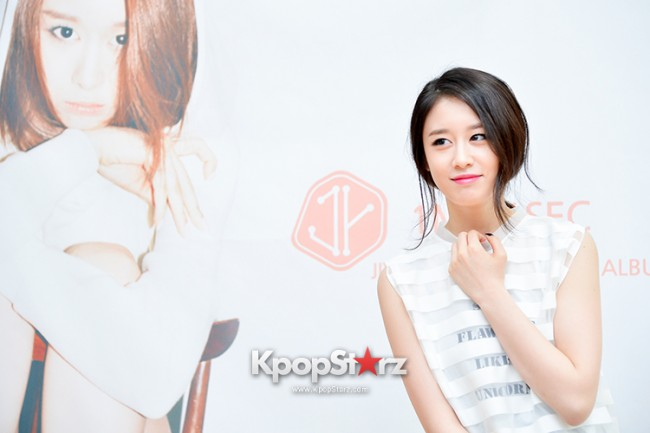 T-ara's Jiyeon Held a Press Conference for Never Ever with the Release of Her First Solo Mini-Albumkey=>28 count56