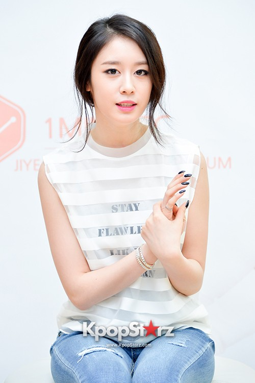 T-ara's Jiyeon Held a Press Conference for Never Ever with the Release of Her First Solo Mini-Albumkey=>31 count56