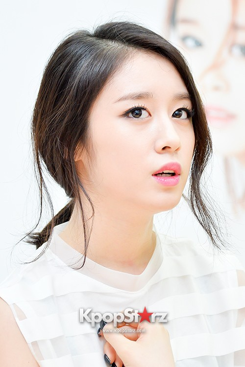 T-ara's Jiyeon Held a Press Conference for Never Ever with the Release of Her First Solo Mini-Albumkey=>36 count56